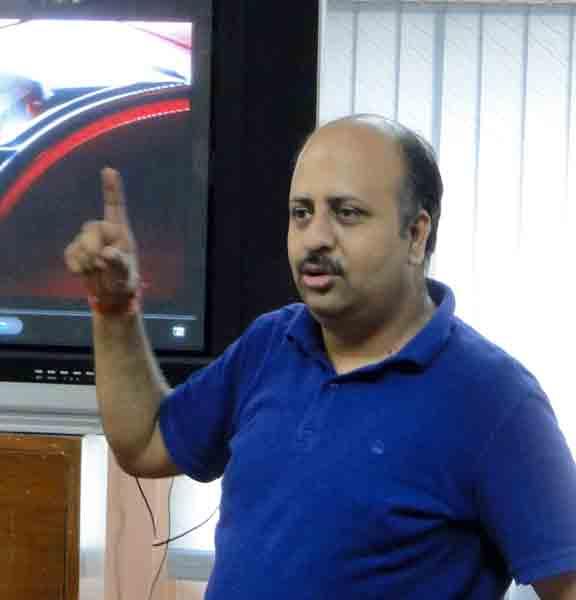 Puneet Sharma  | Advt Filmmaker  | FTII